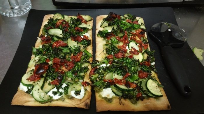 Fancy Pantsy Flatbread Pizza (Hello Fresh review #2)